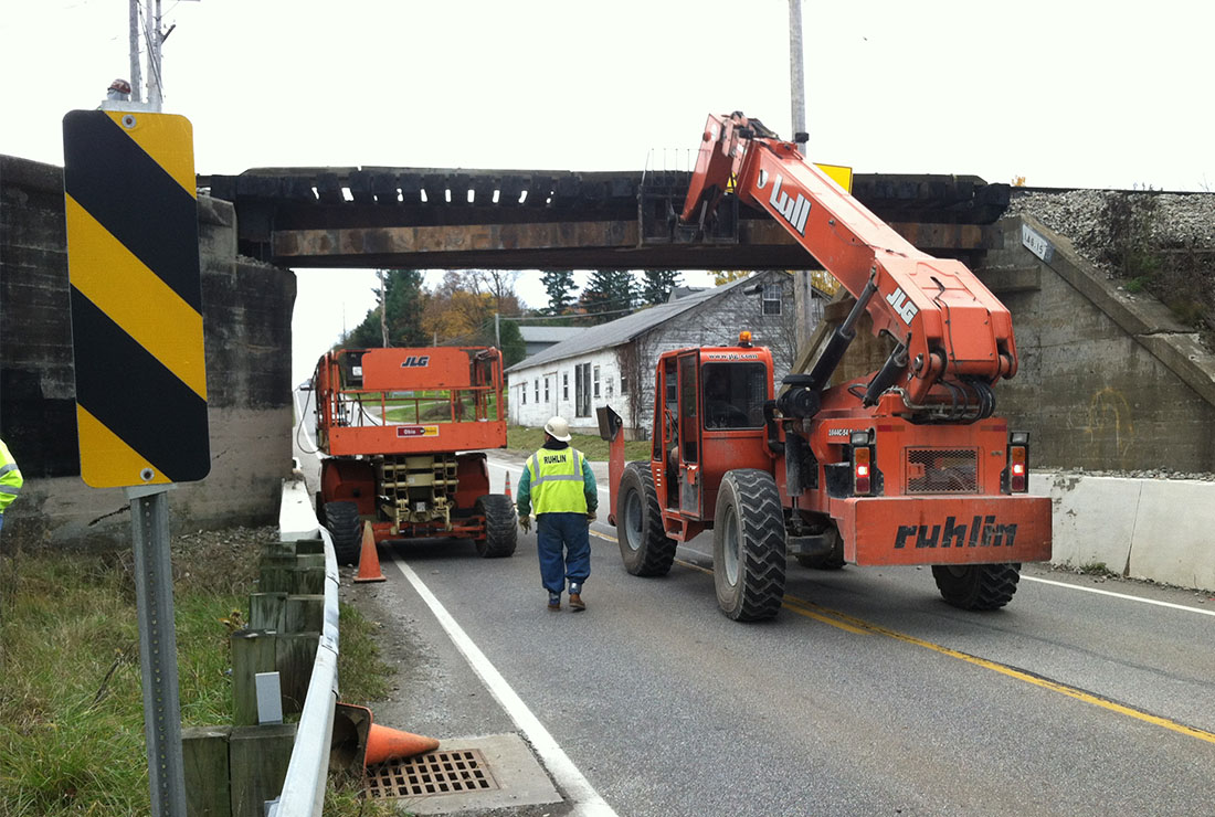 The Ruhlin Company - Railroad Bridge Repair Over Route 94